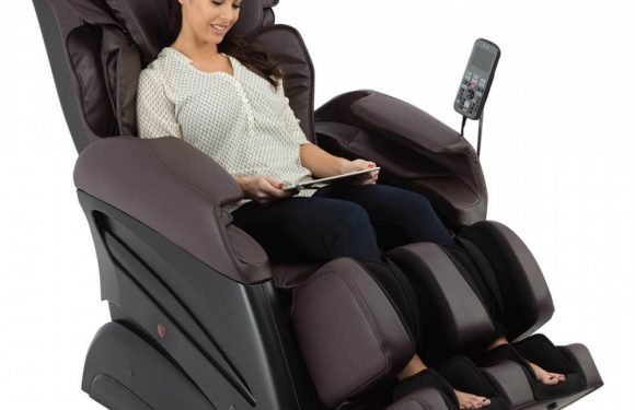 Robotic Massage Chair Provides Full Massage
