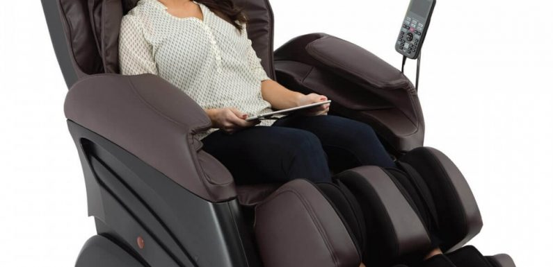 Robotic Massage Chair Provides Full Massage